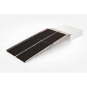 PVI Anit-Slip Multifold Wheelchair Ramp with Extended Lip